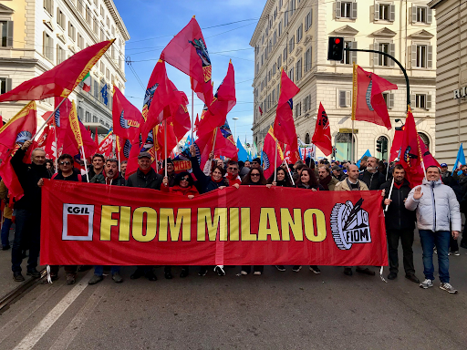 L'attivo dei delegati della Fiom di Milano sul rinnovo del contratto.