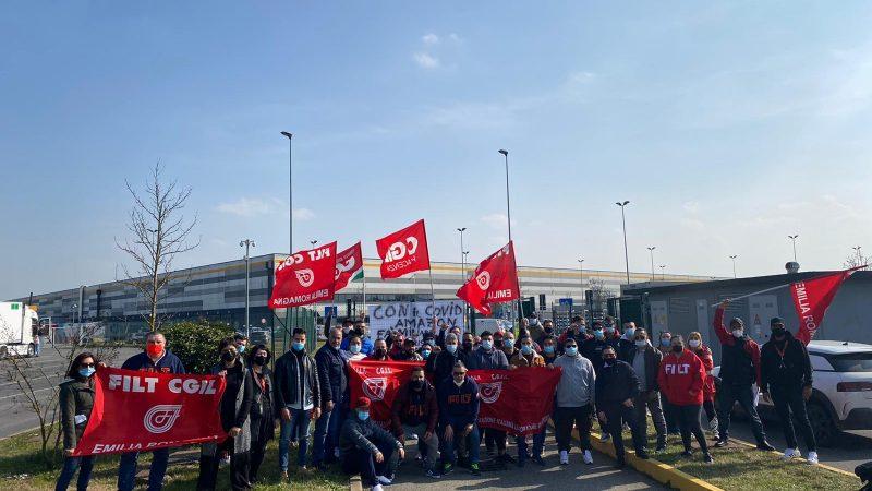 Solidarietà ai lavoratori Amazon!