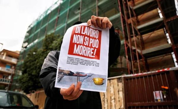 Comunicato sugli omicidi bianchi dalla Etipack di Cinisello Balsamo (Milano)